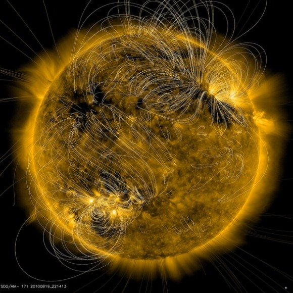 image sun magnetic field lines